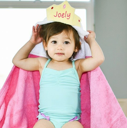 personalized hooded towel – princess