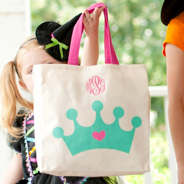 Personalized Canvas Tote – Crown