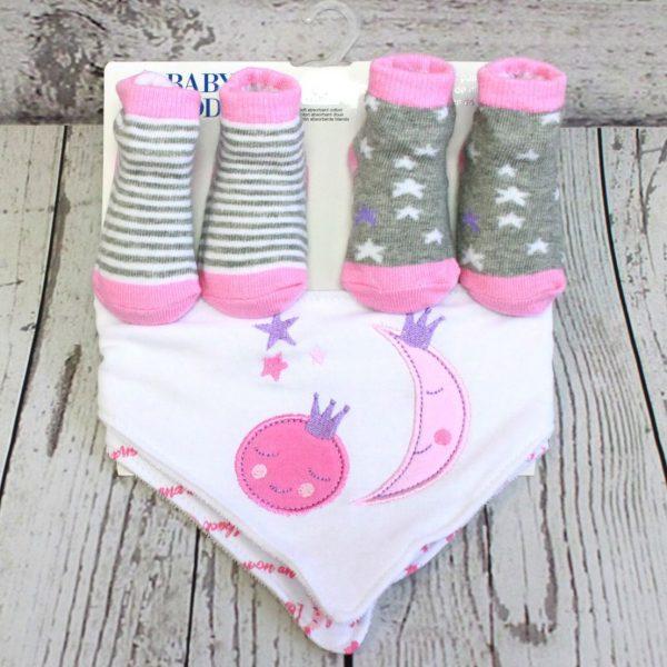 4 Piece Sock and Bib Set – Pink